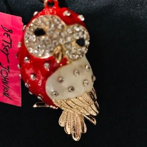 BETSEY JOHNSON~ Large Owl  Necklace